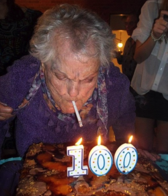 100 lighting cake