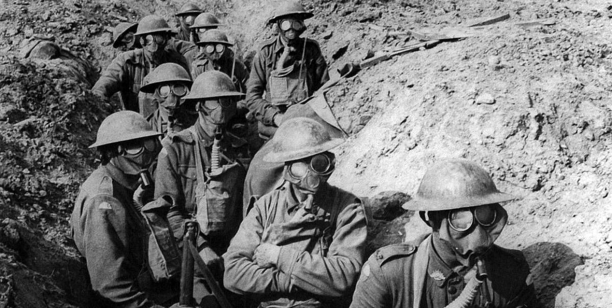 25 australian_infantry_small_box_respirators_ypres_1917-awm.jpg